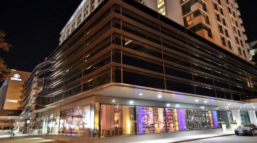 Hilton Vienna Wird Wieder Zur Hippen Partyzone Bild Video